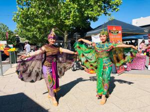 Peacock Dance at Christmas Pageant Ellenbrook 2020